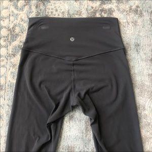 "Lululemon Align Pant Dark Carbon 6 25"" 7/8 EEUC"